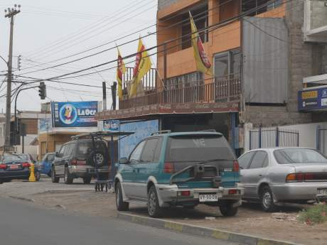 vehículo-mal-estacionado-infracciones-tránsito-Chile